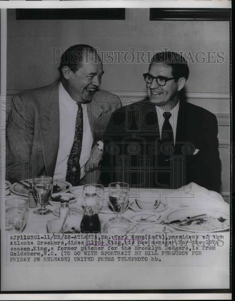 1955 Press Photo Earl Mann, President of the Atlanta Crackers, Clyde King - Historic Images