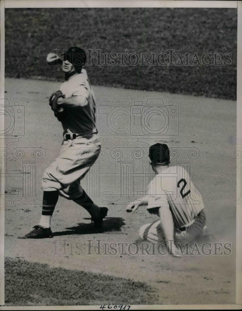 1938 Press Photo Red Rolfe, New York Yankees, Buddy Myer, Washington Senators - Historic Images