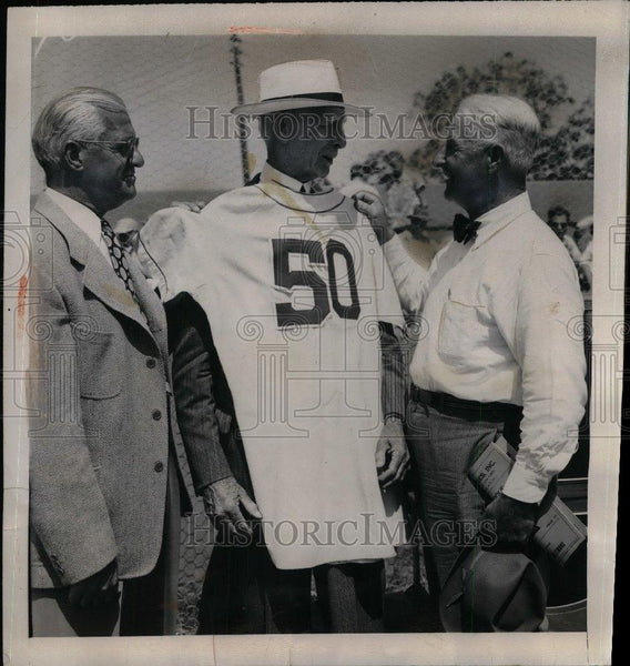 1950 Press Photo Connie Mack honored for his 50th Anniv. as Mgr.of PA. Athletics - Historic Images