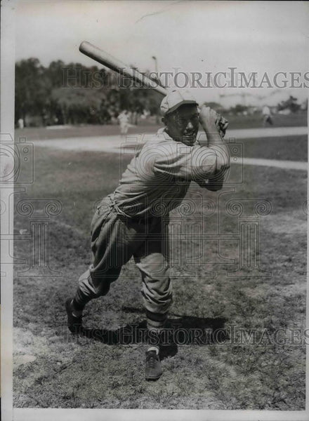1934 Press Photo Col. Bulter Mills Outfielder Training Camp St. Louis Cardinals - Historic Images