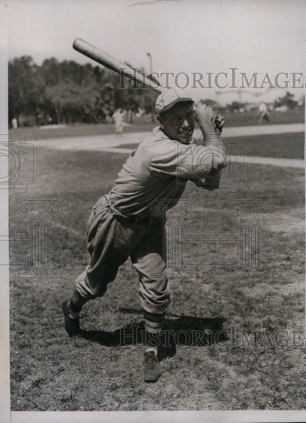 1934 Press Photo St. Louis Outfielder Butler Millis During Training In Florida - Historic Images