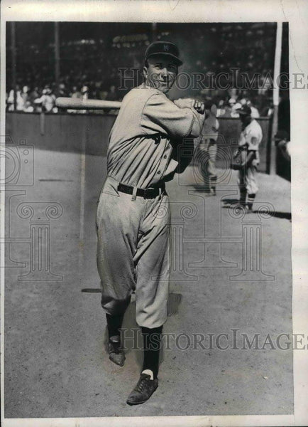 1935 Press Photo Walter Berger, Boston Braves outfielder - nea07791 - Historic Images