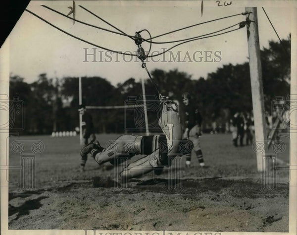 1926 Press Photo Seaman, Army football star, during workout at West Point, NY - Historic Images