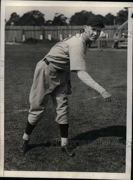 1934 Press Photo John Welch Pitcher Red Sox - nea08459 - Historic Images