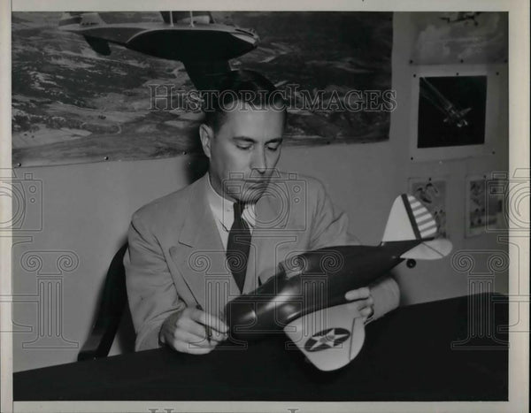 1941 Press Photo S. Paul Johnston, National Advisory Committee for Aeronautics - Historic Images