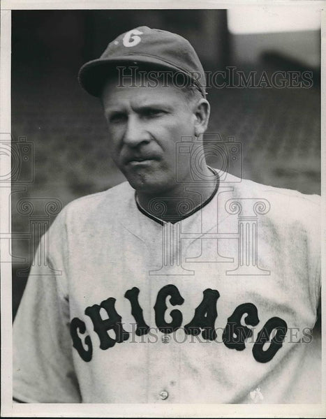 1935 Press Photo Vernon George, Chicago White Sox Player - nea43113 - Historic Images