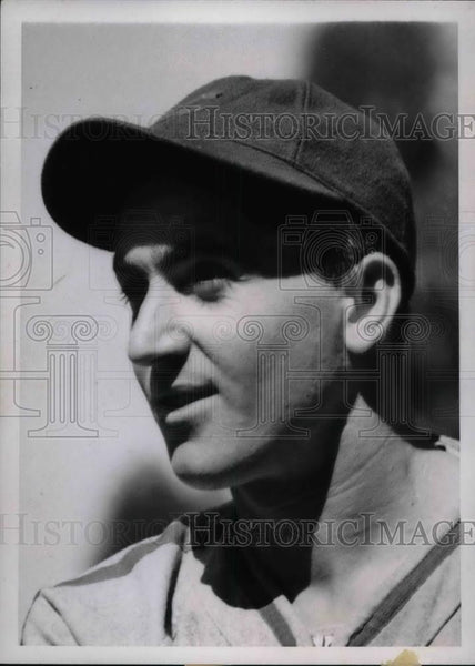 1939 Press Photo Lennie Merullo of the Chicago Cubs - Historic Images