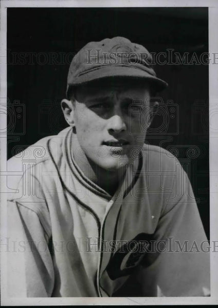 1935 Press Photo Roy Lenshaw, pitcher for Chicago Cubs - Historic Images