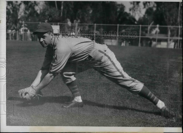1939 Press Photo Joseph Marty of Chicago Cubs - nea44438 - Historic Images