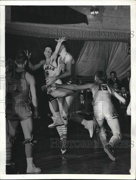 1941 Press Photo College basketball players T.P. Hunter, Held, Sollberger - Historic Images