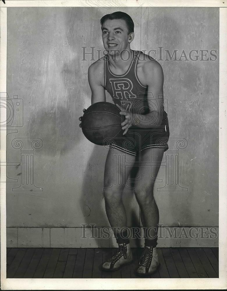 1940 Press Photo Rhode Island basketball player Modzelewski - nea55163 - Historic Images