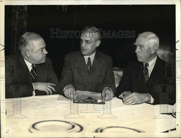 1936 Press Photo Doanld Barnes Owner St Louis Browns, Wm Harridge Pres Am Legaue - Historic Images
