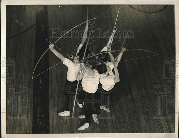 1929 Press Photo Girls archery team of Temple University - nea71731 - Historic Images