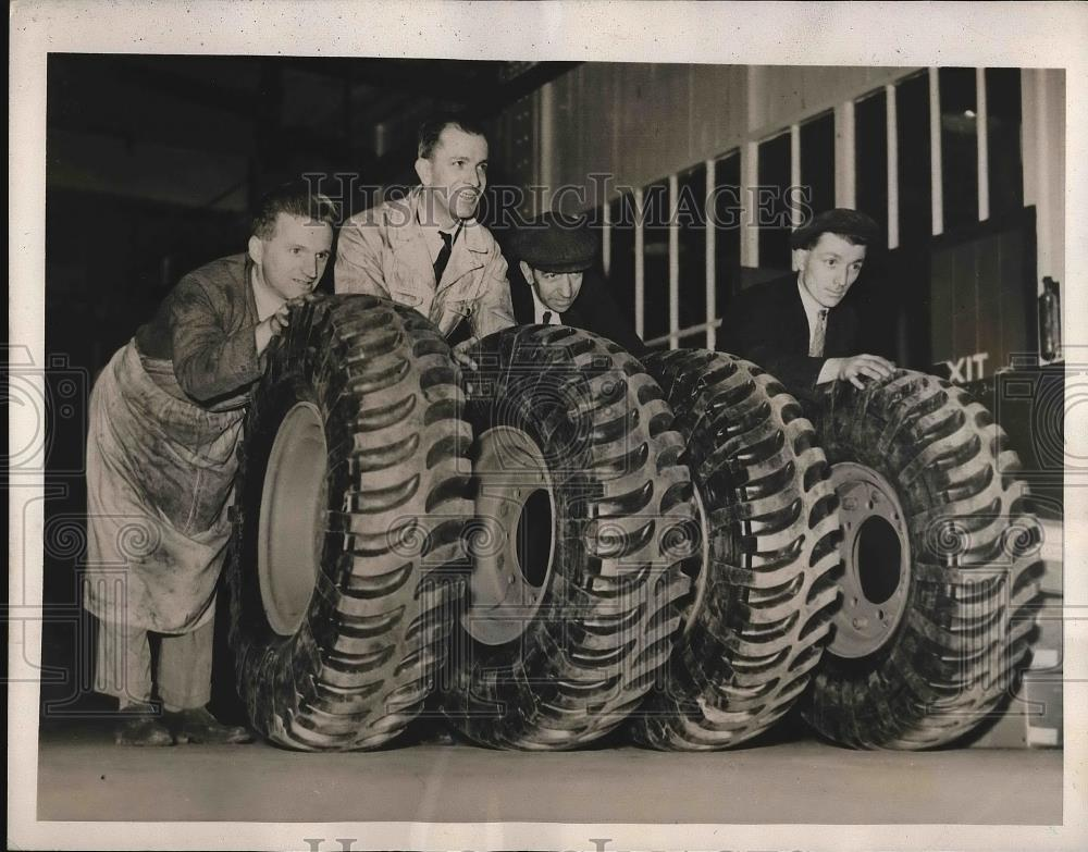 Bullet Proof Tires >> Bullet Proof Tires At A Factory In England 1939 Vintage Press Photo
