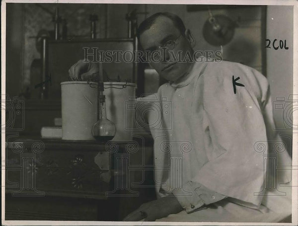 1916 Press Photo Dr. A. D. Houghton & Invention To Measure Conversation Length - Historic Images