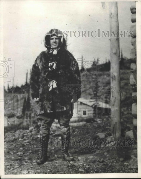 1931 Press Photo Shirley R. Cragg Dressed for winter - nea93126 - Historic Images
