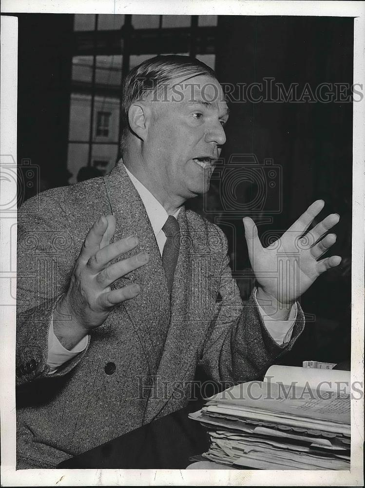 1946 Press Photo Maj Gen C.P.Gross Explains Inter-American Highway Construction - Historic Images