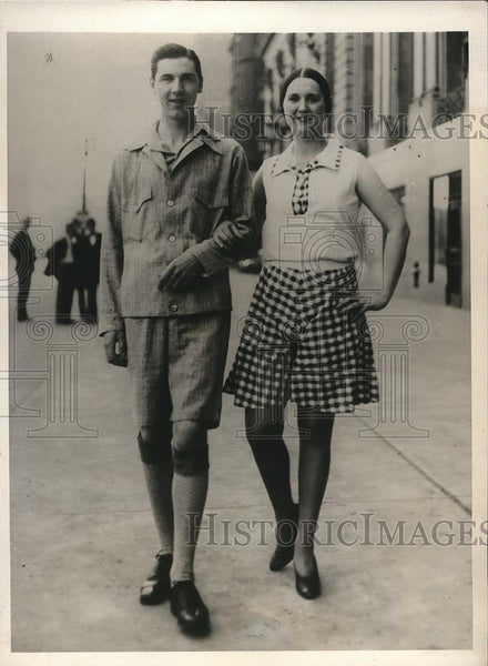 1930 Press Photo Two people showing off summer fashions - nea84681 - Historic Images