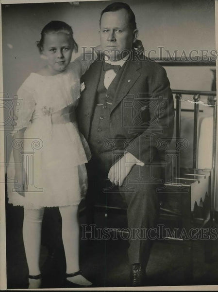 1920 Press Photo John A. O'Dwyer and daughter - Historic Images