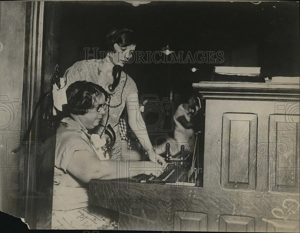 1926 Press Photo Miss Junie Chubb, Miss Lois Reed, Burlington, Kansas - Historic Images