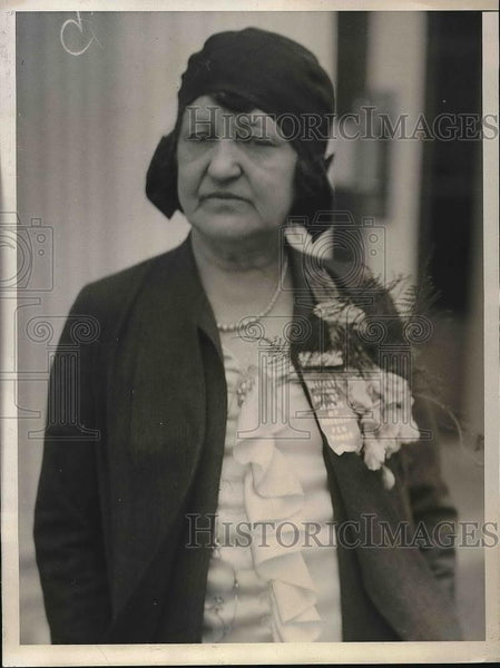 1930 Press Photo Deep Sea Diver Margaret Campbell Goodman Outside White House - Historic Images