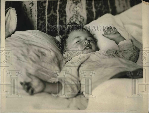 1923 Press Photo 18 Month Old Joie Richards Survives 45 Foot Fall - neb03979 - Historic Images