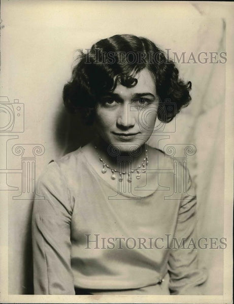 1927 Press Photo Edna May Horner, a telephone operator of Washington has the - Historic Images