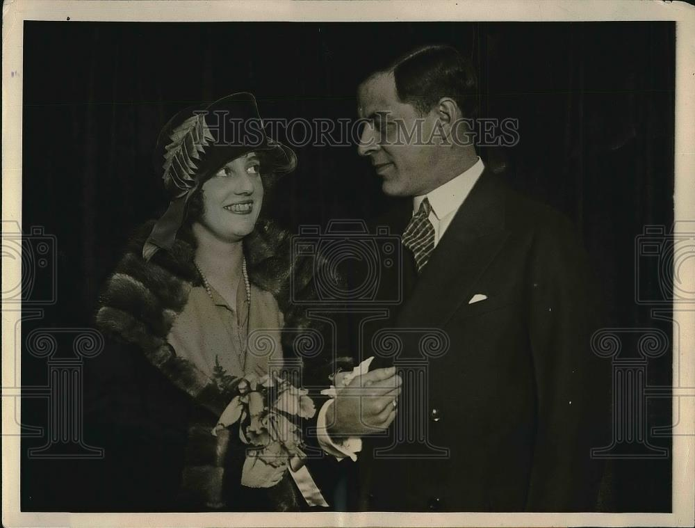 1924 Press Photo Ostrid Ohlson Actress New York Husband Charles Blake Chicago - Historic Images