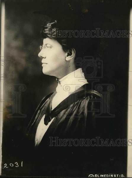 1922 Press Photo Judge Katheyn Sellers posing for photo - Historic Images