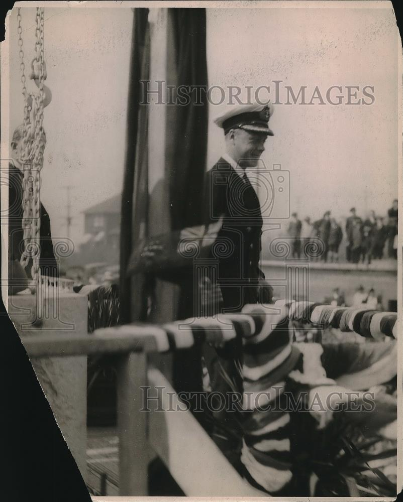 1919 Press Photo The Prince of Wales posing for photo - Historic Images