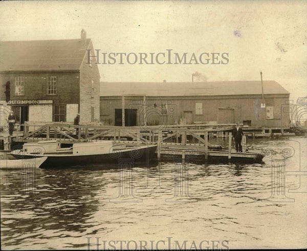 1925 Press Photo High Tide On The Pier Towns Of New York - Historic Images