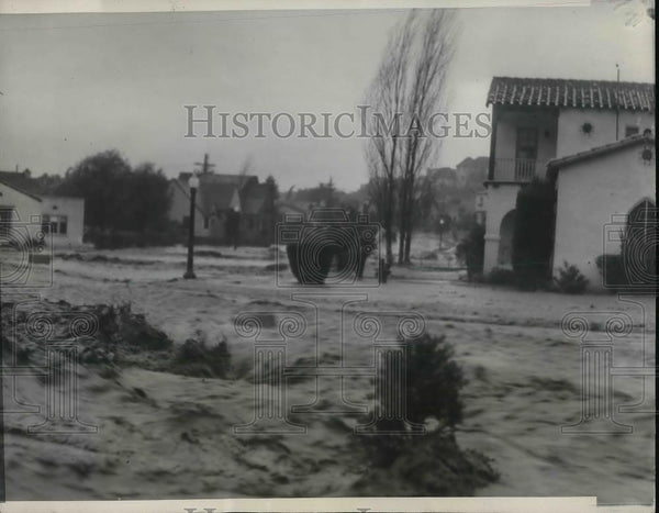1938 Press Photo Scene on Ethel Street in Glendale, Calif. floods from rain - Historic Images