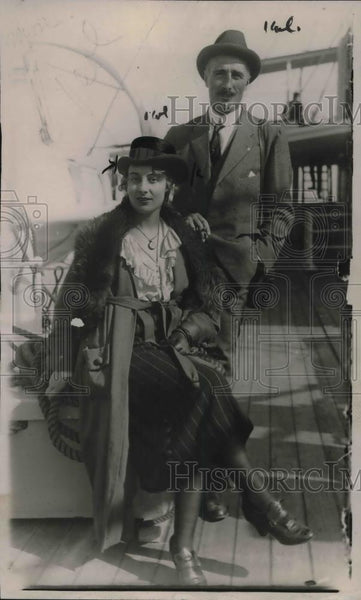 1920 Press Photo Count & Countess de Couessin, Pierre Jouan - Historic Images