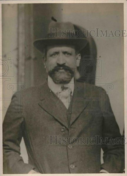 1918 Press Photo Octave Homberg Author - Historic Images