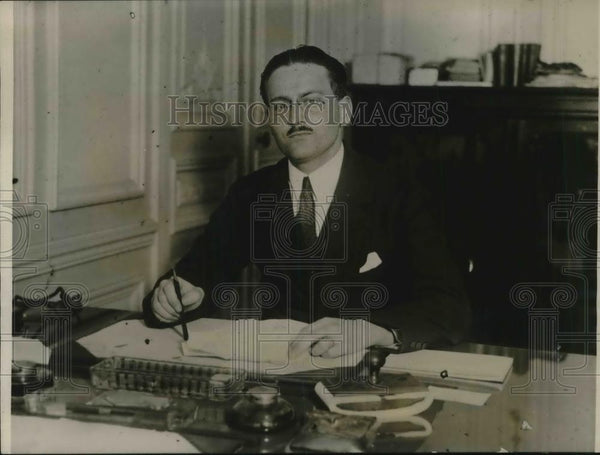"1926 Press Photo H Delestree Editor of ""Neue Pariser Zeitung"" - Historic Images"