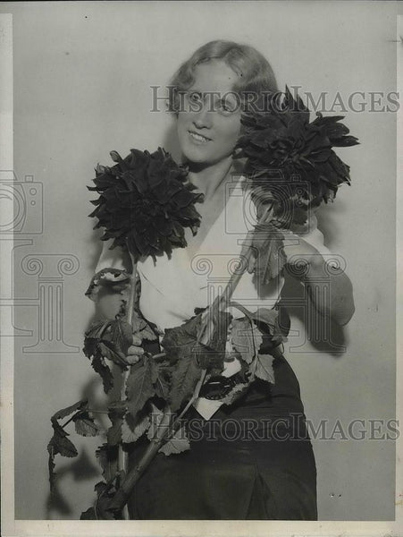 1931 Press Photo Grace Jones, at the 17th Annual Show of the American Dhali - Historic Images