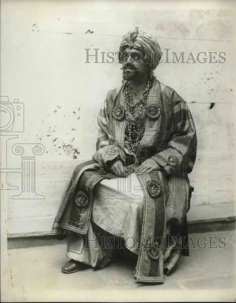 1929 Press Photo Russell Thayer in Hassan by James Flecker Harvard Drama Club - Historic Images