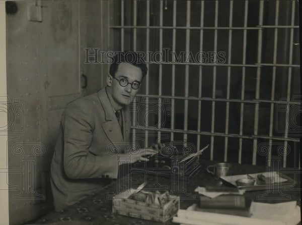 1922 Press Photo William T. Lewis, Editor, to spend 2 hours in jail - Historic Images