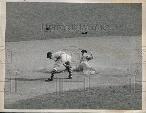 1936 Press Photo Brooklyn Dodgers Joe Stripp Sliding Safely Into Second Base - Historic Images