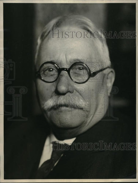 1922 Press Photo Dr. John P. Davin, Candidate to Represent Medical Rights League - Historic Images