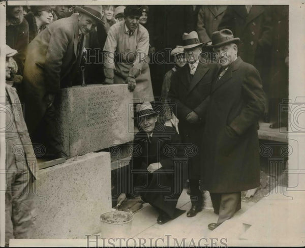 1923 Press Photo Sec. of Agri William Jardine laying the corner of a building. - Historic Images