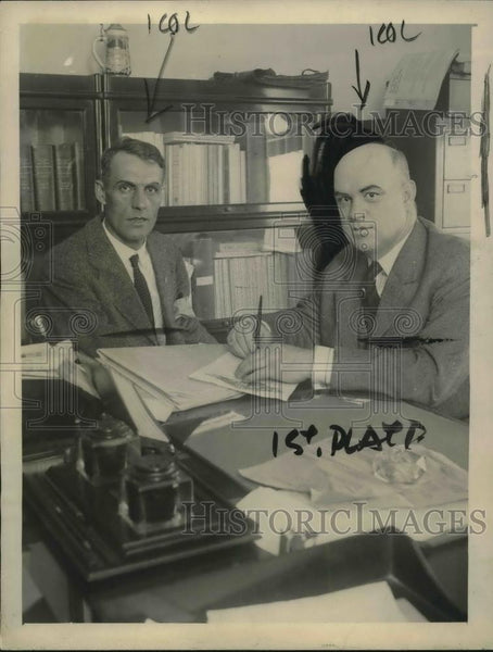 1922 Press Photo Daniel Heit And WL McMenimen Negotiate Settlement - Historic Images