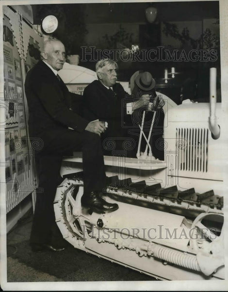 1928 Press Photo Sam Thompson and William Buttersworth at AFBF in Chicago - Historic Images