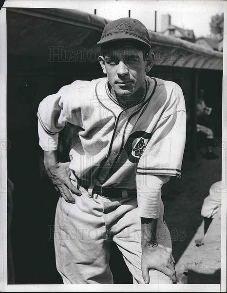1935 Press Photo Cubs Left Fielder August Galan - Historic Images