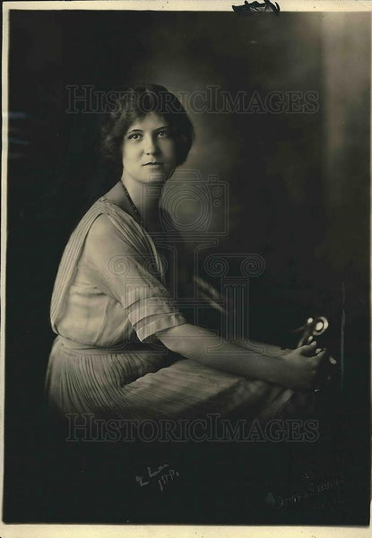 1922 Press Photo Miss Kate Sproul Director of the Ambassador Hotel. - Historic Images
