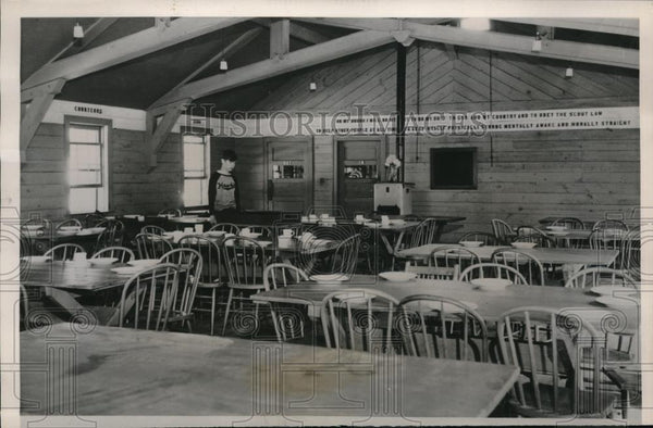 1940 Press Photo The Mess Hall at the Doddridge Farm where refugees eat. - Historic Images