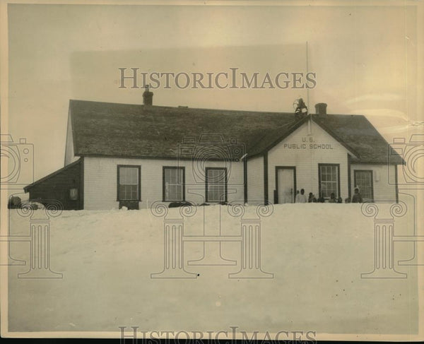 1922 Press Photo Public School In Wainwright, AK The Northernmost School - Historic Images