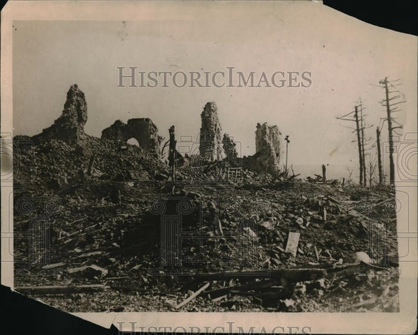 1918 Press Photo View of Somme Battlefield in the Path of War British Burned - Historic Images