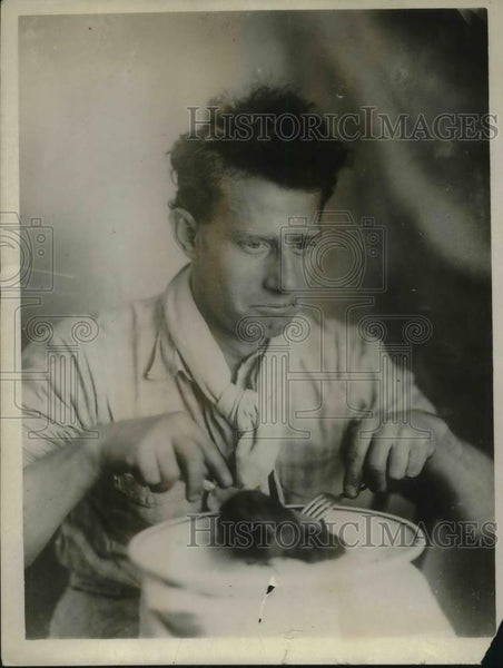 1926 Press Photo Hans Adames, cook of rum ship Gertrude almost starved crew - Historic Images
