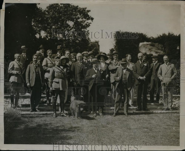 1920 Press Photo The British & French Premiers outside Sir Philip Sasson's home - Historic Images